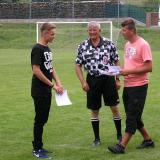 Dorost na turnaji v Předíně přebírání ceny